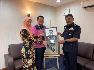 Bersama Bekas KP Melaka